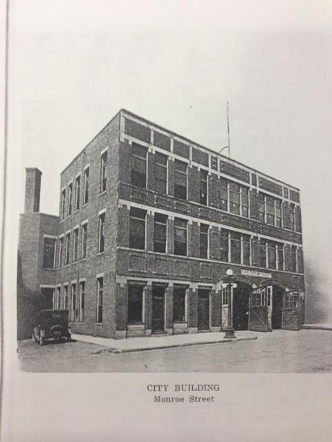 Vintage Photo of City Building on Monroe Street